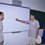 paul-hunt-using-the-smart-board